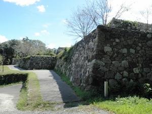 田丸城址石垣2.JPG